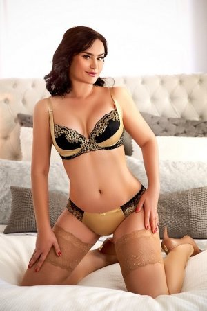 Zakiya escort girls in Richmond & massage parlor