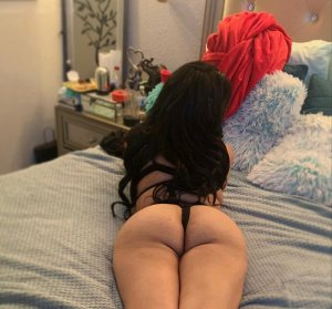 Olyana happy ending massage and live escort