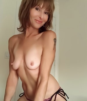 Ghisele erotic massage, live escort